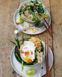 easy and quick dinner tonight gang my veggie ramen with walnut miso, minchee and fried eggs. Recipe in Everyday Super Food book guys xxx JO 🍳