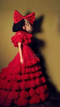 Sia Singer, Sia Kate Isobelle Furler, Sia Music, Elastic Heart, Jazz Band, I Am A Queen, Eminem, Adele, Lady Gaga