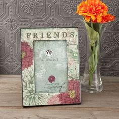 FashionCraft Friends Floral Picture Frame