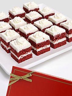 Red Velvet Cake Bites With Cream Cheese Frosting Red Velvet Petit Fours Recipe, Mini Desserts, Just Desserts, Mini Cakes, Cupcake Cakes, Cup Cakes, Mini Patisserie, Petit Cake, Cake Recipes
