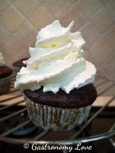 Muffin al cacao senza burro e senza uova