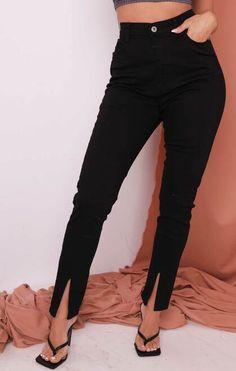 Jeans skinny de cintura alta com detalhes pretos divididos na frente - Gabby Jeans Skinny, Skinny Fit, Spring Sale, Long Sleeve Bodysuit, Must Haves, Black Jeans, Buttons, Denim, Front Button