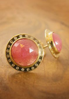 Beautiful pink sapphire earrings from my favorite jewelry designer, Melissa Joy Manning.  Not that I'm biased or anything.