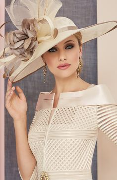 Veni Infantino 991313 Colour Rose & Ivory, price A knee length satin back crepe dress lace appliques, wide waistband and matching ¾ length sleeved jacket. Mother Of The Bride Hats, Mother Of Bride Outfits, Kentucky Derby Outfit, Derby Outfits, Chiffon Jacket, Buy Clothes Online, Fancy Hats, Wedding Hats, Dress Hats