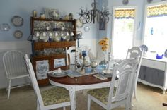 A Budget Friendly Cottage Dining Room Redesign..The Big Reveal! Cottage Style Dining Room Redo #BeforeandAfterDIYDecorating #beforeandaftershabbychic #BudgetDecorating #CottageDecorating #DIYdesign #interiordecorating #lisascreativedesigns #ShabbyToChicMakeovers #trashtotreasure