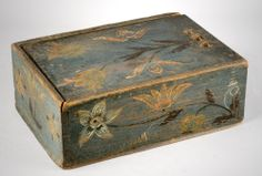 antique painted box.  enhabiten: olde