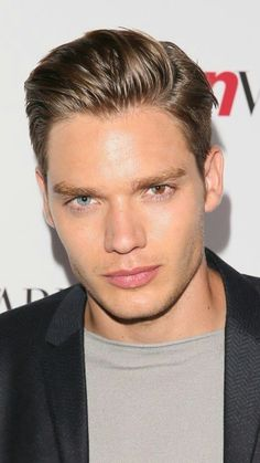 Another Taylor Swift music video, another hella hot actor or model to start swooning over. This time, it's British actor Dominic Sherwood. - Another Taylor Swift music video, another hella hot actor or model to start swooning over. Dominic Sherwood, Clary Et Jace, Alec And Jace, Hot Actors, Actors & Actresses, Hot British Actors, American Actors, Taylor Swift Music Videos, Jace Lightwood