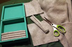 DIY jewelry box for stud earrings | Tina Phan