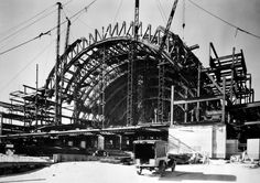Art Déco - Cincinnati Union Terminal - La Gare de Cincinnati, aux États Unis, a été Construite en 1933. Elle abrite aujourd'hui le Cincinnati Museum Center.