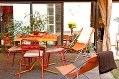 Palettes de couleurs chaudes sur pinterest couleurs for Chaise de bar orange aixen provence