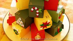 quilled advent calendar on paer boxes - quilling noel calendrier de l'avent diy