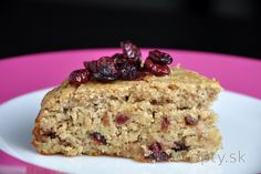 This excellent and healthy cranberry-almond cake will literally get you with its wonderful taste and delicate texture. The cake is flourless, ground almonds with oats are used i. Cranberry Almond, Almond Cakes, Gluten Free Cakes, Dried Cranberries, Granola, Protein, Cooking Recipes, Yummy Food, Sweets