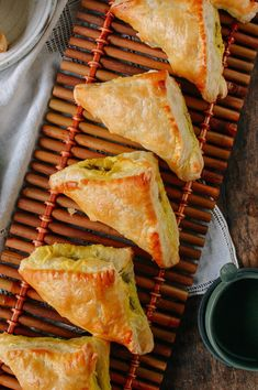 Chinese Curry Puffs found at dim sum and Chinese bakeries. These beef curry puffs have a perfectly flaky crispness with a deliciously savory curry filling. Indian Food Recipes, Asian Recipes, Beef Recipes, Cooking Recipes, Curry Puff Recipe, Thai Curry Puffs Recipe, Beef Curry, Savory Pastry, Malaysian Food