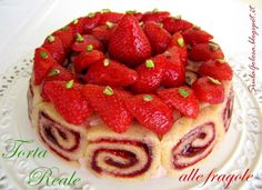 Siula Golosa: Royal Cake with strawberries