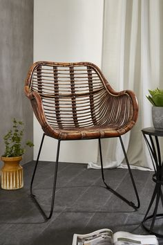 Rattan is a natural choice of material when it comes to introducing a tactile and contemporary chair to the home #highfashionforthehome #designinspo #rattanchair #designideas #designblogger #moderndecor #elledecor #vogueliving #ourluxuryhome #atmine #scandinavianstyle #cornersofmyhome #makehomeyours #currentdesignsituation #howyouhome #currenthomeview #simplystyleyourspace #designsponge #pocketofmyhome #cosyhouse