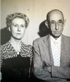 American Gothic - the photo used to create painting