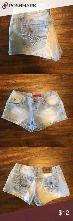 ZANADI ❤️ Junior Sz 5 Jean Shorts Great condition. No wholes or tears. 75% Cotton 22% Polyester 2% Spandex. I appreciate offers 💕 ZANADI Shorts Jean Shorts