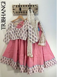 Pretty in Pink Jaipur block print cotton Gopi skirt_Tribhangi_Etsy Simple Kurta Designs, Half Saree Designs, Blouse Designs, Indian Attire, Indian Wear, Indian Dresses, Indian Outfits, Kalamkari Skirts, Navratri Dress