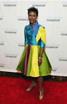 Cicley Tyson 90 years old...Wow she look AMAZING