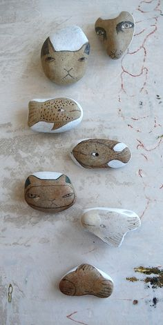 Beach Stone Animal Collection - Cats and Fishes