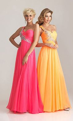 Could be twining with my best friend!! Cute dresses for us!!
