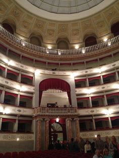 What a venue for our Azamazing evening in Livorno, a red carpet affair to watch the 3 Florentine Tenors, Azamara sure now how to spoil their guests