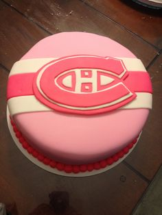 Pink montreal canadiens cake