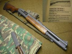 Remington circa Vietnam: These were a popular choice among pointmen on Navy Seal and LRRP teams as it offered fully automatic 12 gauge firepower at similar size and weight to other long guns. Military Weapons, Weapons Guns, Guns And Ammo, Glock Guns, Zombie Weapons, Conquistador, Combat Shotgun, Tactical Shotgun, Military Drawings