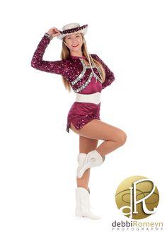 Rowlett High School Silver Rhythm Dancer Drill Team Portrait Team Picture Poses, Dance Team Pictures, Drill Team Pictures, Senior Picture Outfits, Team Photos, Senior Pictures, Senior Pics, Picture Ideas, Drill Team Uniforms