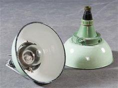 Køb loftslamper, pendler - PH, Arne Jacobsen, Panton - Zwei Explosionsgeschützte Bunkerlampen / Industrielampen (2) - DE, Hamburg, Große Elbstraße