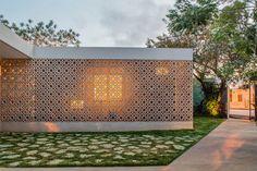 Design: Exteriors (HALL 3E by TACO taller de arquitectura contextual)