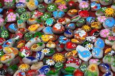 Farvebilleder på stenene , symboler, tegn og dyr