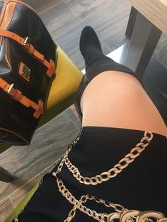 Harisnya: szuperdivatos kedvenc Lipoelastic kompressziós harisnyanadrágom. Hétköznapra és alkalomra is tökéletes választás ez a gyönyörű, selymfényű kompressziós harisnya, ha szeretnéd megelőzni a visszerek kialakulását. Smoothie, Hermes, Bangles, Diamond, Fashion, Bracelets, Moda, Fashion Styles, Smoothies