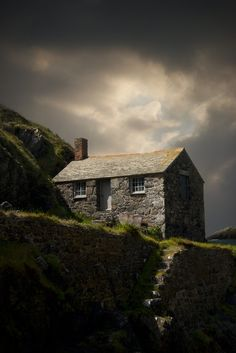 "vmburkhardt: (via 500px / Photo ""Cove House"" by Audran Gosling) Cornwall, England"