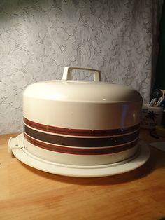 Vintage Atapco Metal Cake Carrier with Handle