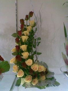 Arreglos florales on Pinterest | 39 Pins
