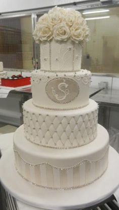 Cake Boss wedding cake!!