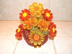 Vintage 1969 Lucite Acrylic Resin Flowers & Vase New Trends Industries. Made In USA Flowers Vase, Acrylic Flowers, Resin Flowers, Hippie Flowers, Acrylic Resin, New Trends, Floral Wreath, Industrial, Wreaths