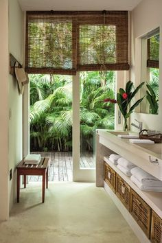 6 Peaceful Simple Ideas: Natural Home Decor Ideas Floor Plans natural home decor feng shui interior design.Natural Home Decor Ideas To Get natural home decor ideas apartment therapy.All Natural Home Decor Interior Design. Interior Tropical, Tropical Home Decor, Tropical Houses, Tropical Bathroom Decor, Tropical House Design, Modern Tropical House, Tropical Outdoor Decor, Hawaiian Home Decor, Tropical Colors