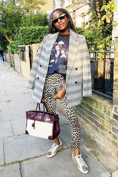 I'll Only Wear Skinny Jeans in These Exact Outfit Formulas Leopard Leggings Outfit, Printed Leggings Outfit, Leggings Outfit Summer, Outfit Jeans, Blazer Outfits, Street Looks, Street Style, Casual Summer Outfits, Casual Fridays