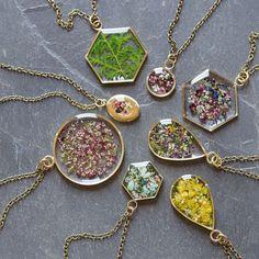 1,391 отметок «Нравится», 54 комментариев — Stephanie Jones (@hello.halsted) в Instagram: «Some of tomorrow's necklace lineup!»