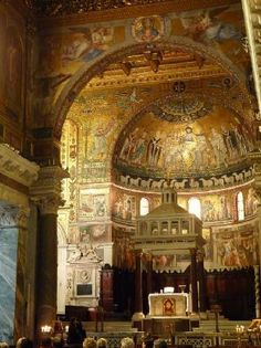 Santa Maria Trastevere rated #21 of over 600 attractions in Rome. Clearly a must-see.