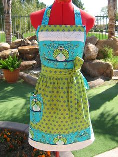 Only One  Tina Givens Opal Owl  Sassy Apron with by sassyapron