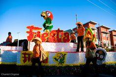 Fiesta float by Ojosauro, via Flickr