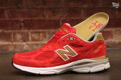 new balance 990 red