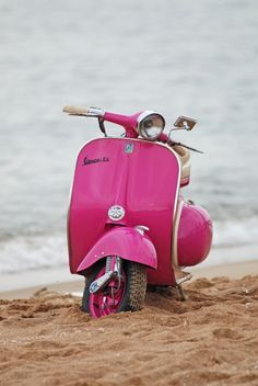 lady vespa and the beach