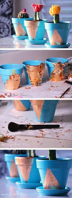 25 Simple DIY Ways To Customize & Paint Terra Cotta Pots | Homelovr Diy House Projects, Diy Craft Projects, Painted Clay Pots, Diy Planters, Planter Ideas, Clay Pot Crafts, Easy Diy, Simple Diy, Terracotta Pots