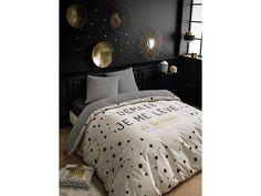 Vyspite sa sladko v obliečkach z exkluzívnej kolekcie! Living Room Decor, Comforters, House Design, Blanket, Interior Design, Bed, Furniture, Home Decor, Slipcovers