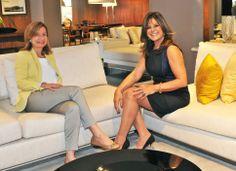 Gracia Mendes e Jóia Bergamo no sofá Ipanema, que foi escolhido especialmente pela arquiteta para a Casa Cor 2014