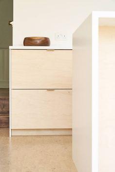 Birch Plywood Kitchen With Brass Edge Pull Handles By Plykea on Home Inteior Ideas 3254 Brass Kitchen Handles, Kitchen Hardware, Plywood Cabinets Kitchen, Kitchen Worktop, Dark Cabinets, Kitchen Furniture, Kitchen Utensils Store, Plywood Interior, Plywood Furniture